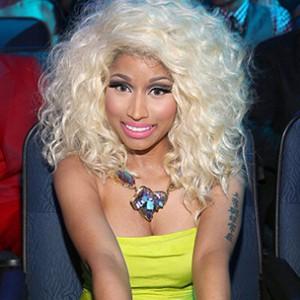 """Nicki Minaj Says Some Retailers Won't Carry Her New Album & """"Set You Up To Fail"""""""