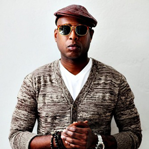 "Talib Kweli Talks Brooklyn With Anthony Bourdain On ""No Reservations"""