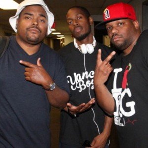 Slum Village f. Rapper Big Pooh, Joe Scudda, T3 & Kam Corvet - Riot