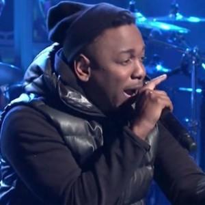 "Kendrick Lamar - ""Swimming Pools (Drank)"" [SNL Performance]"