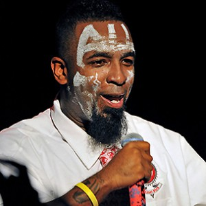 "Tech N9ne Discusses Sandy Hook Shootings, Says ""It All Starts At Home"""