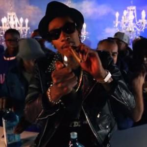 """Wiz Khalifa - """"100 Bottles"""""""
