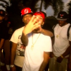 "Juelz Santana f. Wiz Khalifa & Bucksy Luciano - ""Everything Is Good"""