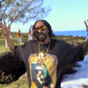 """Snoop Lion f. Mavado & Popcaan - """"Lighters Up"""""""