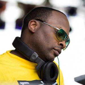"DJ Jazzy Jeff Speaks On ""He's The DJ, I'm The Rapper"" On The Album's 25th Anniversary"