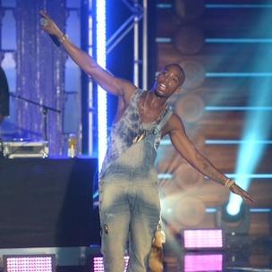 PROMO: B.o.B., Santigold Featured in vitaminwater #MakeBoringBrilliant Recap Videos
