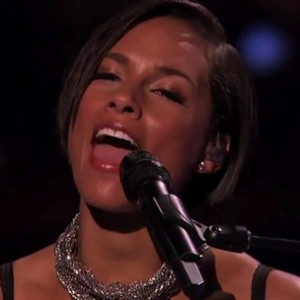 "Alicia Keys - ""Tears Always Win"" (American Idol Live Performance)"