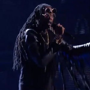 "2 Chainz, Pharrell, A$AP Rocky & Kendrick Lamar - ""Feds Watching"" & ""F**kin Problems"" (Live At The 2013 BET Awards)"