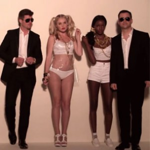 """Robin Thicke f. Pharrell, Jimmy Kimmel & Guillermo - """"Blurred Lines"""""""