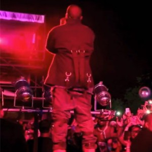"Kanye West - ""I Am A God"" (Live At Governors Ball NYC)"