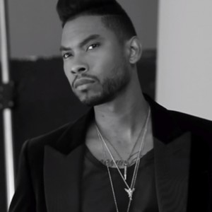 "Miguel - ""How Many Drinks?"" (Acoustic Version)"