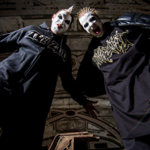 Twiztid f. Swollen Members - Falling Down