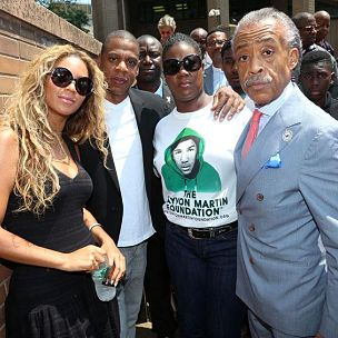 Jay-Z & Beyonce Attend Trayvon Martin Rally In New York