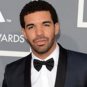 """Drake Calls Kanye West A """"God"""" At OVO Fest 2013"""