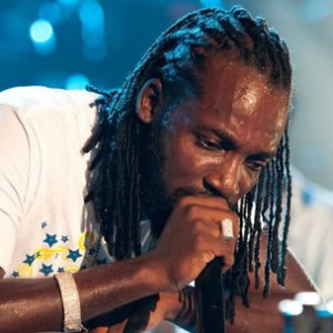 Mavado f. Nicki Minaj - Give It All To Me