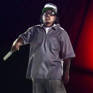 Eazy-E & Bone Thugs-N-Harmony - Eazy-E Hologram Performance: Rock The Bells 2013