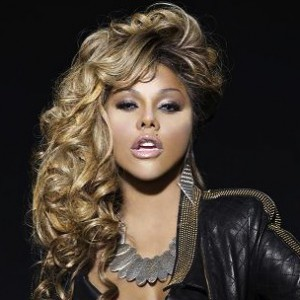 "Lil' Kim Calls Lil Wayne ""Lil Tutu,"" Responds To ""Dedication 5"" Reference"