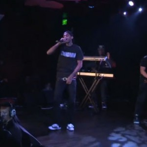 "Nipsey Hussle f. Dom Kennedy - ""Checc Me Out"" (Live on SKEE Live)"