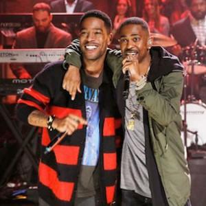 "Big Sean & Kid Cudi - ""First Chain"" (Live On Jimmy Fallon)"