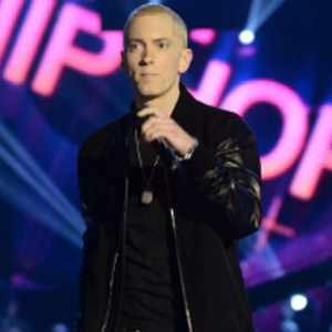 "Eminem - ""Berzerk"" & ""Rap God"" (Live At 2013 MTV EMA)"