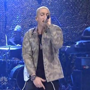 "Eminem f. Skylar Grey - ""Survival"" (Live On SNL)"