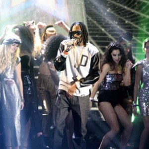 "Snoop Dogg - ""Gin & Juice"" (Live At 2013 MTV EMA)"