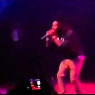 "Isaiah Rashad - ""R.I.P. Kevin Miller"" [Live at TDE Fan Appreciation Show]"