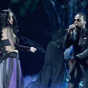 """Juicy J Says Katy Perry Requested Reworking Of His """"Dark Horse"""" Verse"""