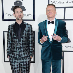 "Macklemore Says He ""Robbed"" Kendrick Lamar At Grammys In Text Message"