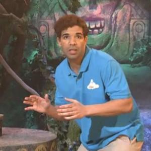 "Drake - ""Disney World Show"" Skit On SNL"
