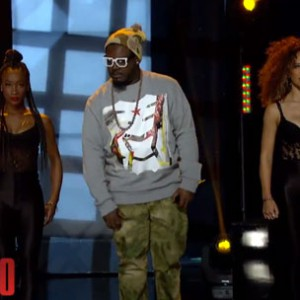"T-Pain - ""Up Down (Do This All Day)"" (Arsenio Hall Performance)"