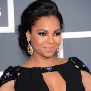 "Ashanti Says She ""Caught The Stray Bullet"" In G-Unit And Murder Inc. Beef"