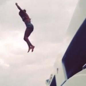 Beyonce - Jumps Off A Yacht, Jay Z Films