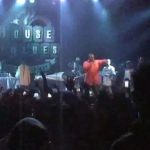 "Kanye West f. GLC, Consequence & John Legend - ""Spaceship"" (2004 House Of Blues Los Angeles Performance)"
