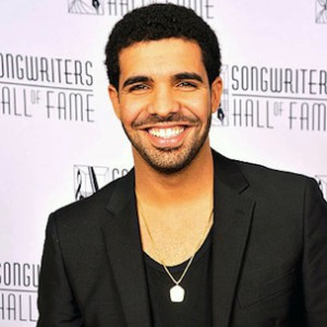 "Drake Wins mtvU's ""Woodie Of The Year"""