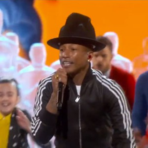 "Pharrell - ""Happy"" (2014 Academy Awards Performance)"
