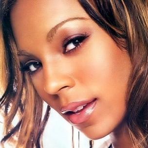 "Ashanti - Recalls Sampling The Notorious B.I.G. On ""Unfoolish,"" Says ""Puff Swore That Irv Took His Beat"""