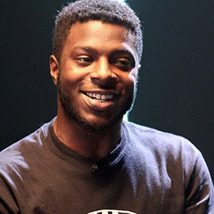 "Isaiah Rashad Says TDE Gave Him ""Something To Live Up To"""