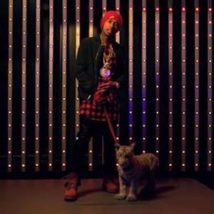 """Chris Brown f. Lil Wayne & Tyga - """"Loyal"""""""