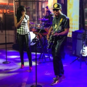 "B.o.B. f. Priscilla - ""John Doe"" (Live On The Today Show)"