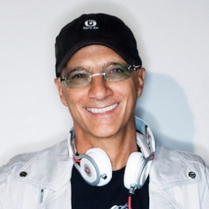 Jimmy Iovine Blasts Apple Earbuds, Spotify At Code Conference