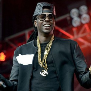 "2 Chainz Says Fanbase Expects ""Mainstream, Ratchet Music"""