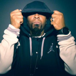 """Tech N9ne Discloses Selling 10,000 Preorder Copies Of """"Collabos: Strangeulation"""""""