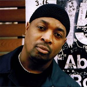 """Public Enemy's Chuck D Blasts Hot 97's Racial Slurs """"Double Standard"""""""