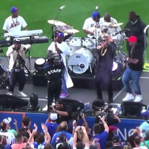 """G-Unit - Performs """"Real Quick"""" & More (Live At Citi Field)"""