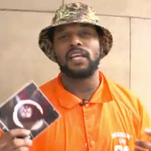 """ScHoolboy Q - Hits NYC To Sell """"Oxymoron"""" Directly To Fans"""