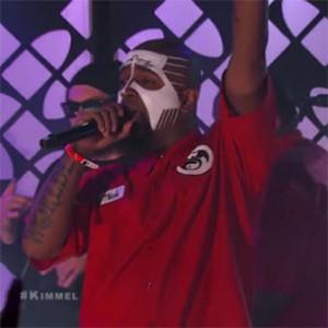 "Tech N9ne - ""Fragile"" & ""He's A Mental Giant"" (Live On Jimmy Kimmel)"