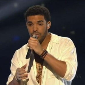"""Drake - Performs """"Honorable Mentions"""" & """"Side Pieces"""" At 2014 ESPYs"""
