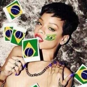 Tweets Is Watching: Rihanna Roots For Team World In World Cup