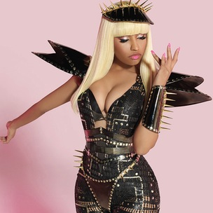 "Nicki Minaj Responds To Miley Cyrus' ""Anaconda"" Memes"